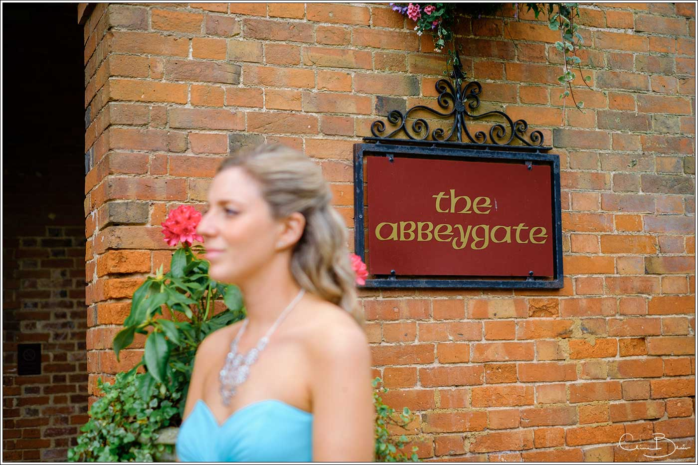 Coombe Abbey wedding photography showing The Abbeygate sign
