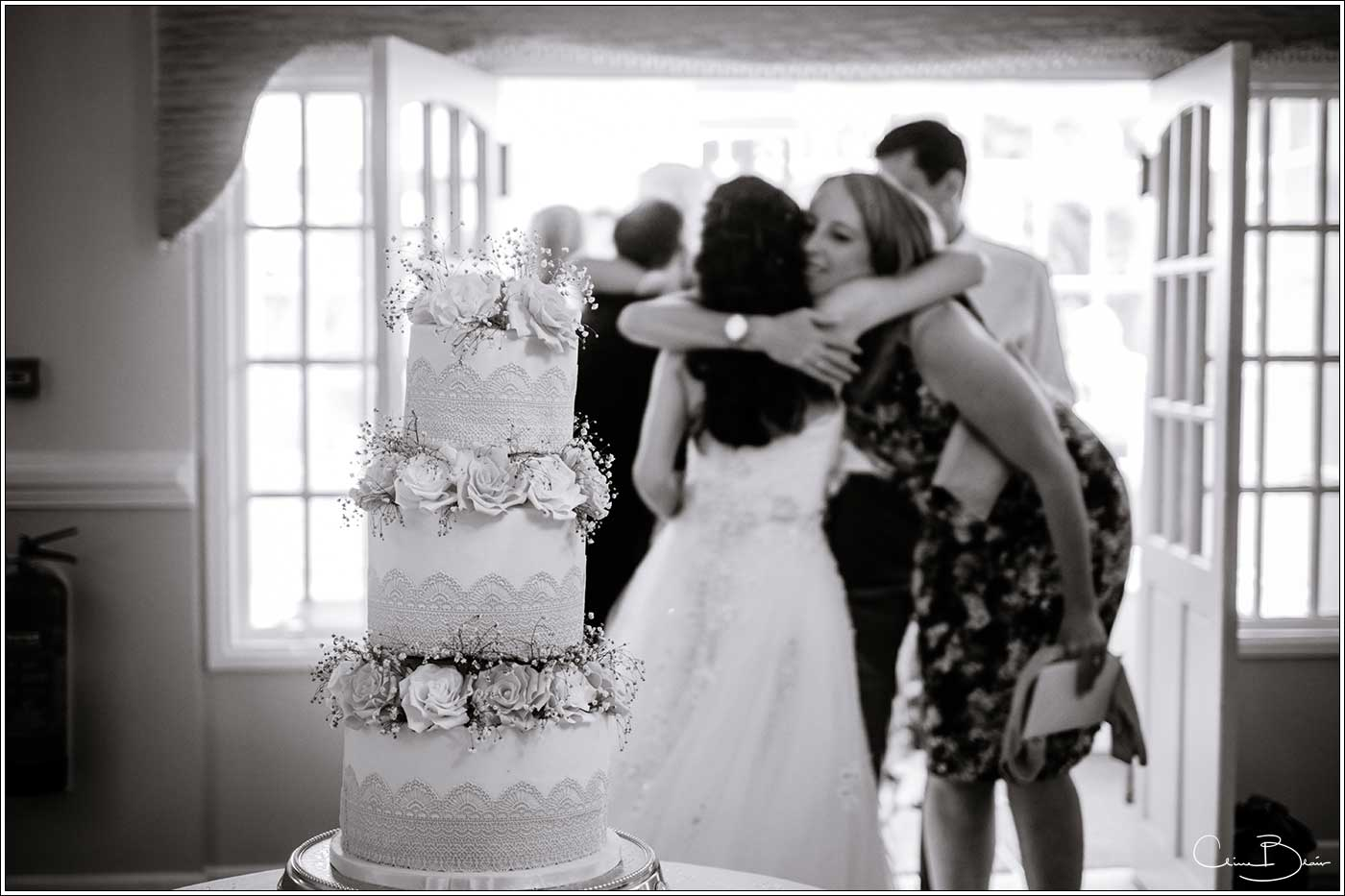 Wedding cake: Bank House Wedding Photographer Clive Blair Photography. Documentary Birmingham Wedding Photographer